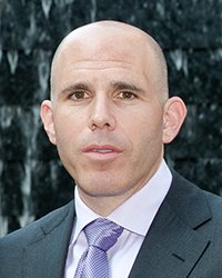 Portrait of Scott Rechler.